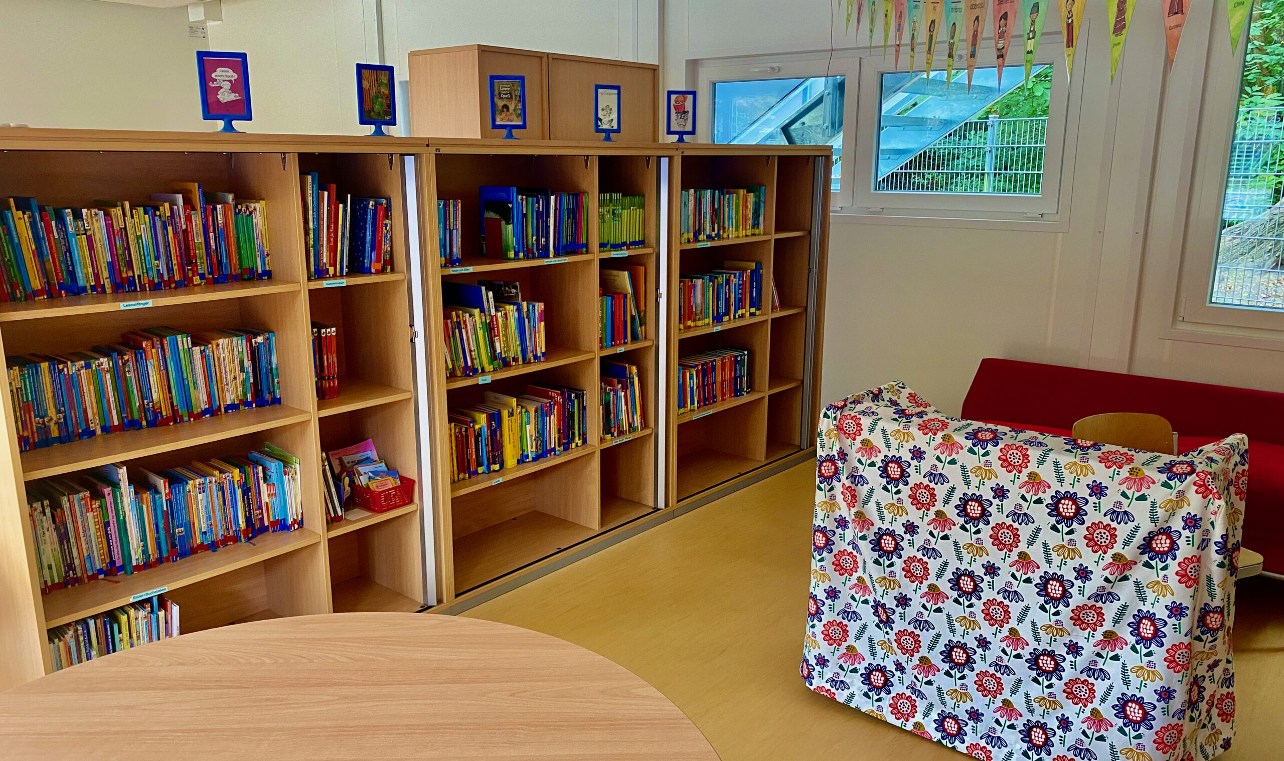 Schüler-Bücherei